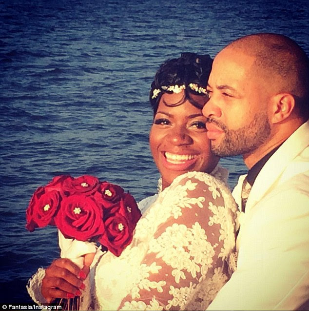 Wed: Fantasia Barrino married her fiance Kendall Taylor this weekend in a waterside ceremony