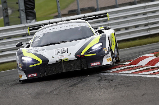 Avatar of Button's team rockets to British GT win as major national series begin