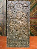 temple double door design    678 x 1024