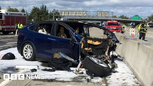 Who is to blame for 'self-driving car' deaths?
