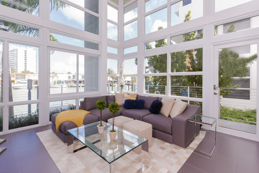 Iris on the Bay Direct Waterfront 3 Bedroom Luxury Townhouse For Sale