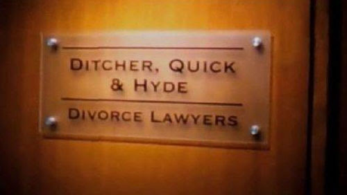 Resultado de imagen para gif funny lawyer sign