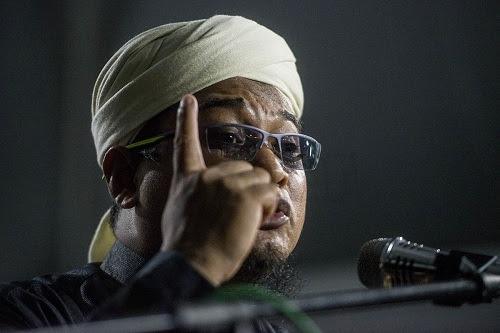 Mana Nasruddin Tantawi yang dulu garang?