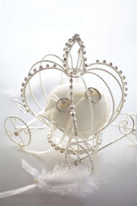 princess carriage wedding ring holder need!!!! #