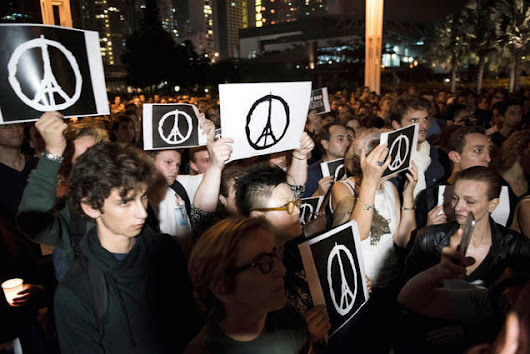 "How The ""Peace For Paris"" Sign Spread Around Th..."