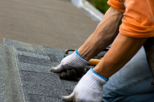 4 Tips for Hiring a Roofer in Colorado Springs