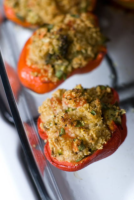 Kuskussiga täidetud paprikad / Peppers stuffed with cous cous and broccoli