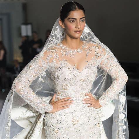Meghan Markle wedding dress LEAKED: Designer named as