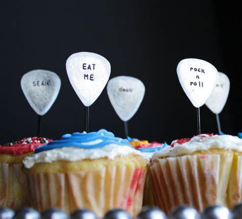 Guitar Cupcake Toppers. BESTOYARD Guitar Cupcake Toppers