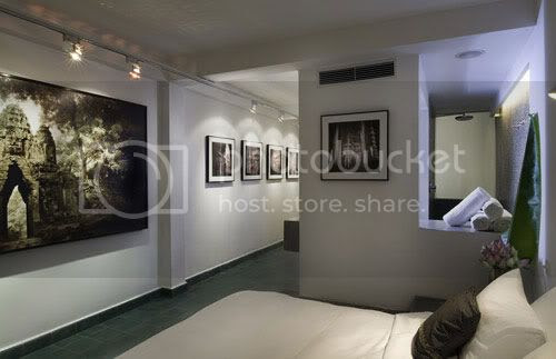 Sephia Room 1