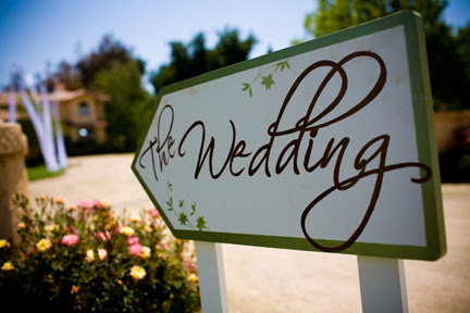 jc289 is selling two handpainted wedding signs She 39s asking 50 for both