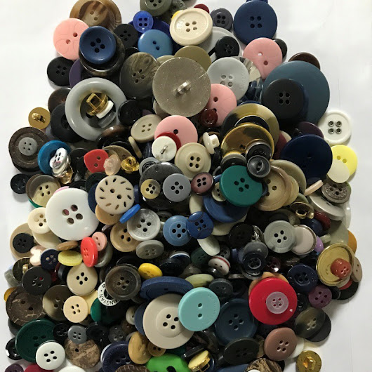 Art and Craft Buttons 300g