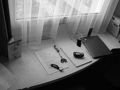 isis berlin hotel working table