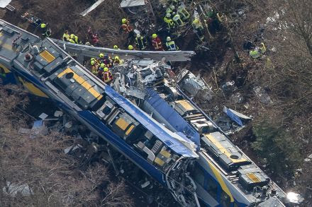 37425693 - 09_02_2016 - epaselect GERMANY TRANSPORT ACCIDENTS.jpg