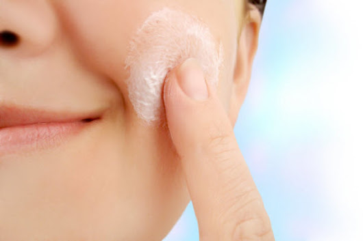 Get to know more on how to treat eczema with basic care methods.