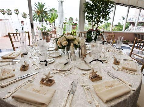 wedding centerpieces on a budget   Cheap Wedding