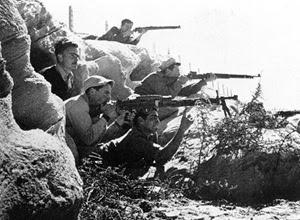 Soldati dell'Haganah che combattono la guerra civile contro gli arabi