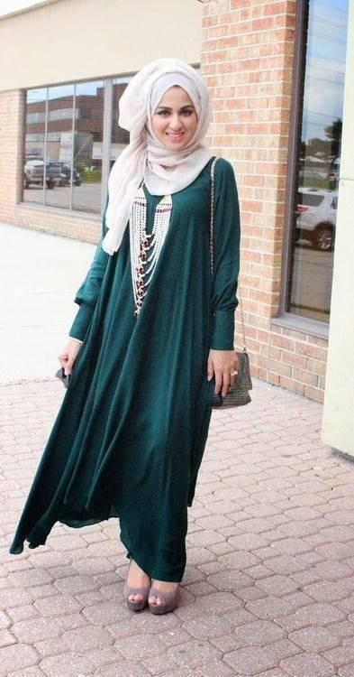 Arabic Style Abaya with White Hijab