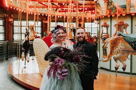 This Disney Haunted Mansion Themed Wedding Is Full Of