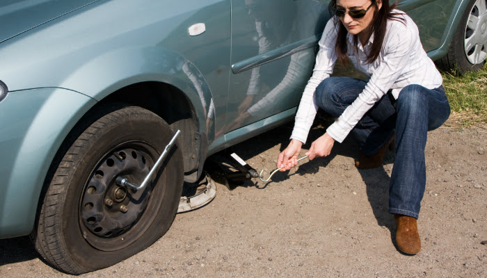 How To Change A Tire On A Car Smart Home Keeping
