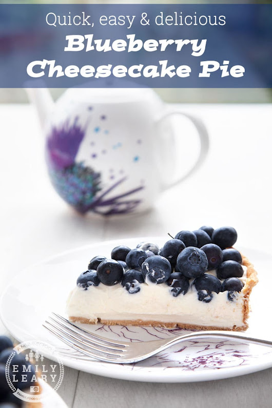 Blueberry cheesecake pie - easy, quick & delicious! - A Mummy Too