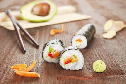 Know-How To Roll Sushi Recipe | Steps to Make & Roll Sushi