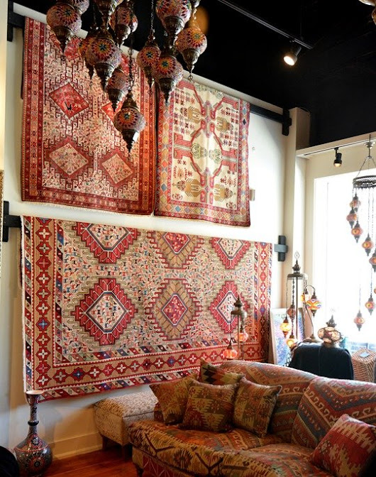 Filling in Your Room with an Area Rug -