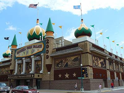 mitchell corn palace.jpg