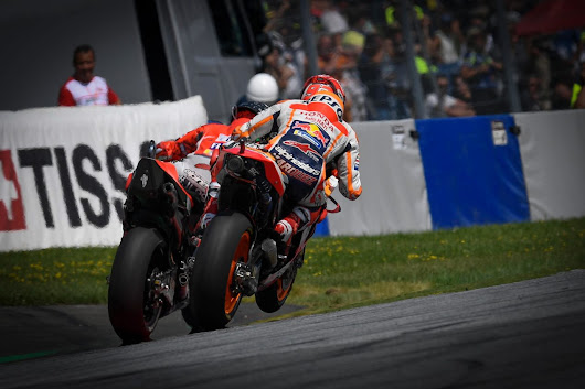 Sunday MotoGP Summary at Spielberg: A Titanic Battle, A Title Getting Closer, & Criticizing Struggling Factories