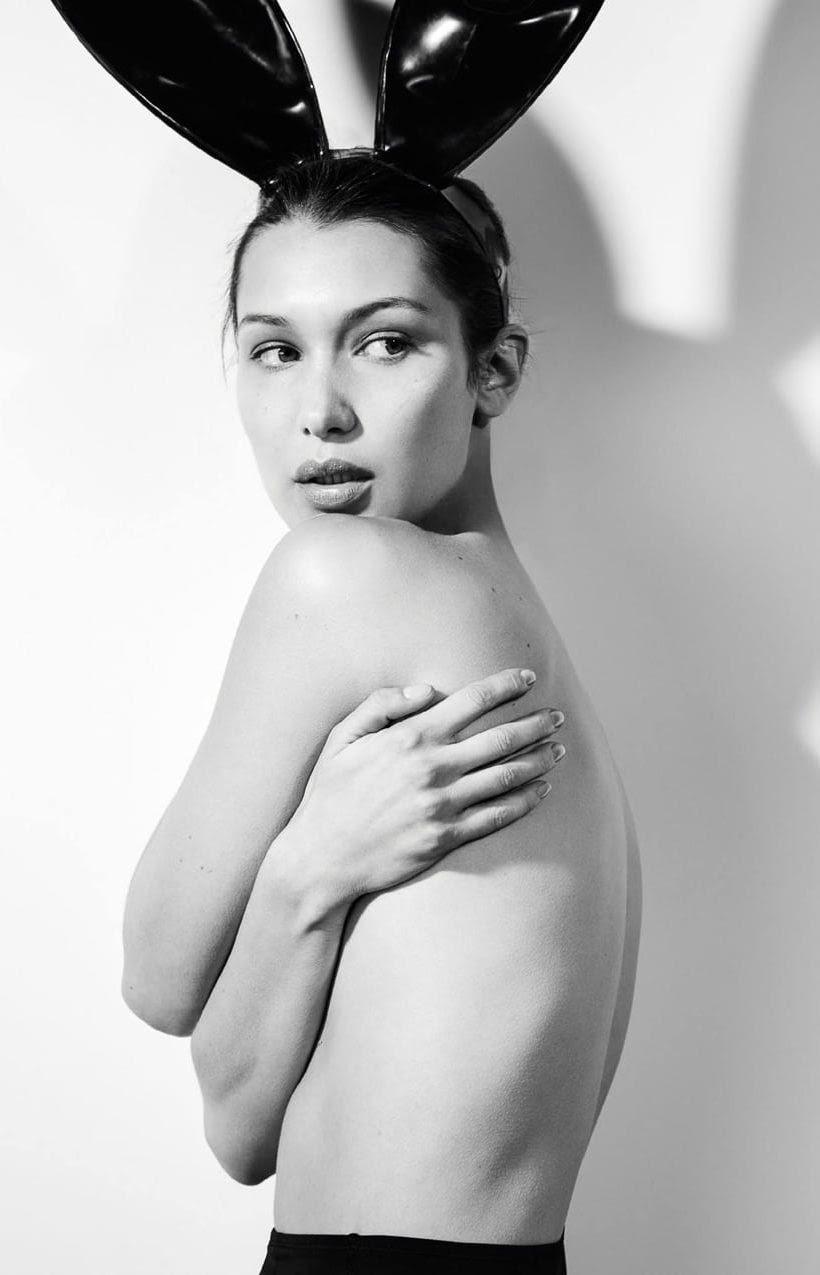 Hot girl giàu nhất nhì Hollywood mặc bán nude đẹp khó cưỡng - 1