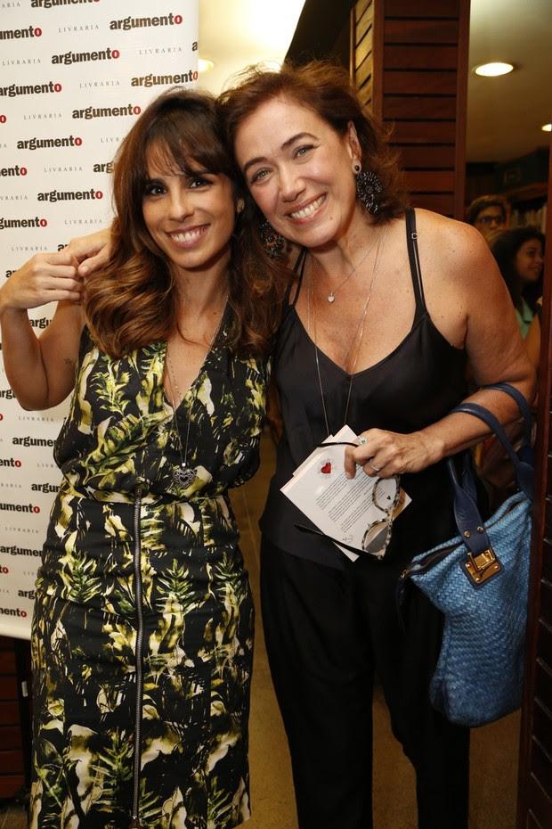 Maria Ribeiro lança o seu primeiro livro (Foto: Felipe Assumpção / Agnews)
