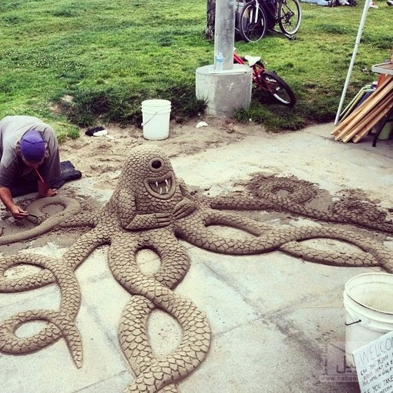 21-Epic-Works-Of-Art-Made-With-Sand
