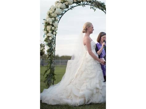 Vera Wang Ghillian, $4,200 Size: 10   Used Wedding Dresses