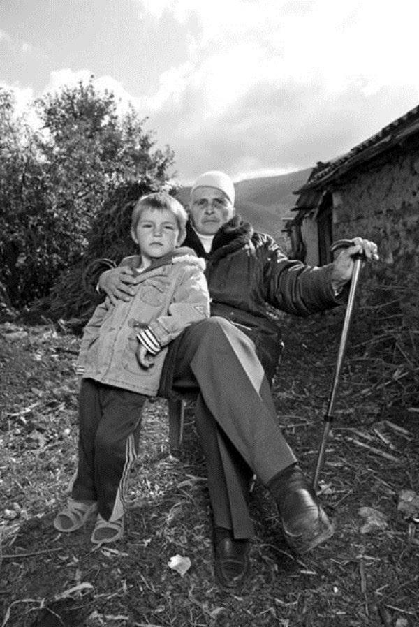 1127 Αλβανοί Ορκωτών Παρθένες (12 φωτογραφίες)
