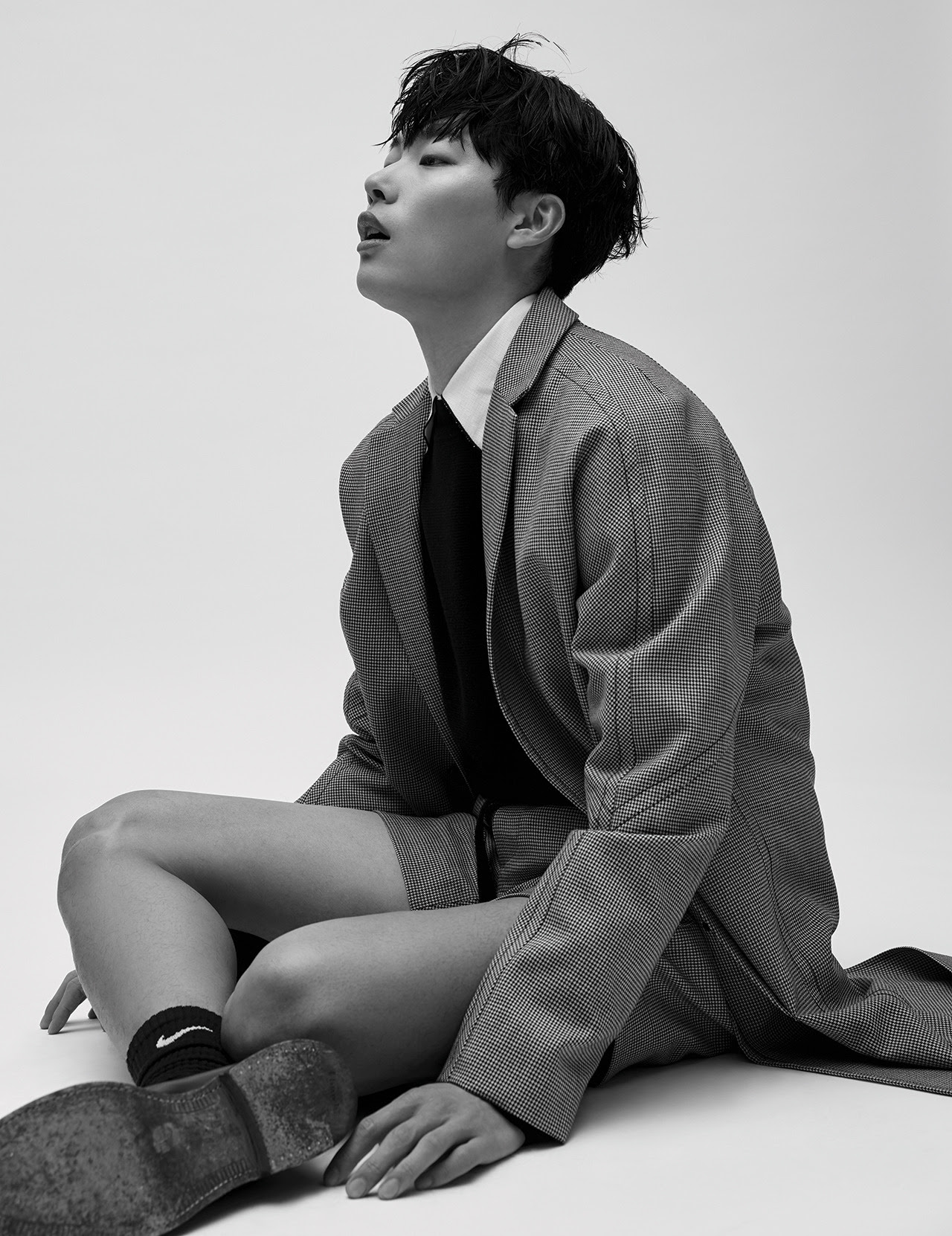 Ryu Jun Yeol - Harper's Bazaar Magazine February Issue '17