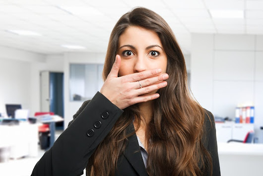 8 Business Body Language Tricks That Help Advance Your Career