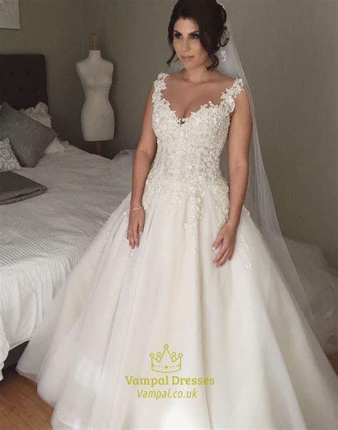 Sleeveless Sweetheart Lace Applique Open Back Ball Gown