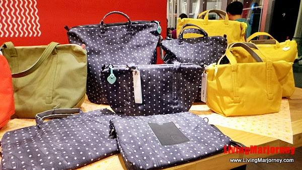 WREN: Crumpler's Women's Bag Collection by LivingMarjorney on Flickr