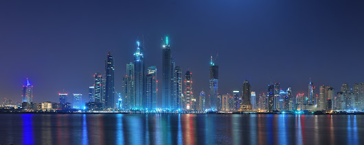Business in Dubai and UAE. Offshore and onshore company registration in UAE and bank account opening.