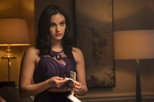 "Riverdale Season 2 Episode 19 Preview and Photos: ""Prisoners"""