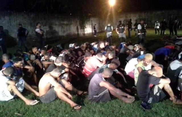 Presos foram detidos quando organizavam uma festa para comemorar crimes