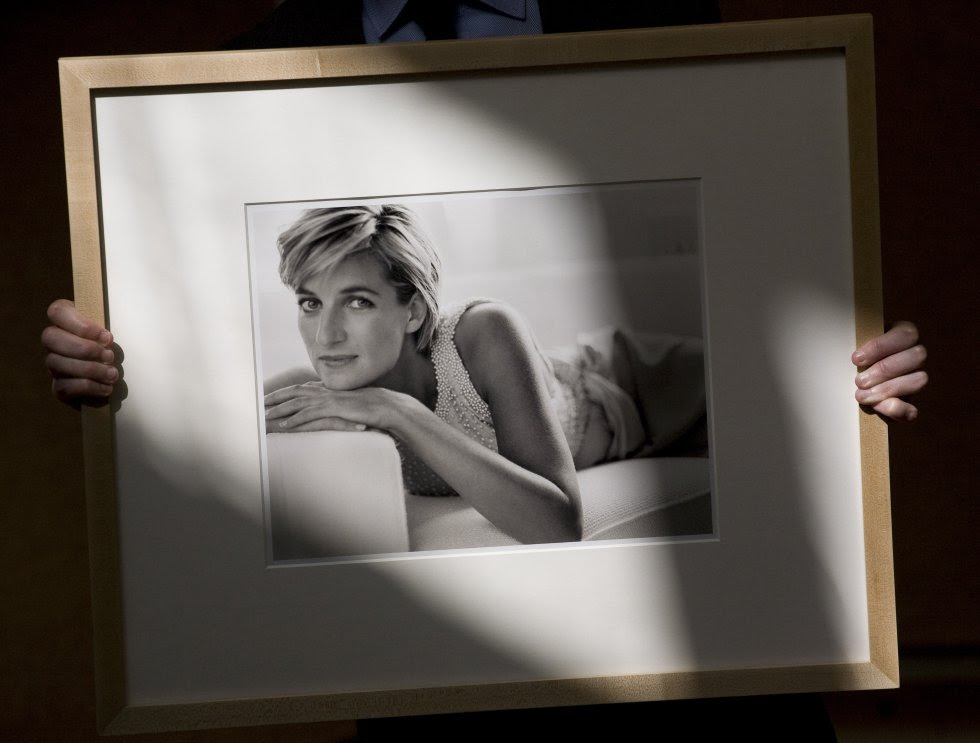 Diana de Gales, en una de sus últimas foto tomadas por Mario Testino.
