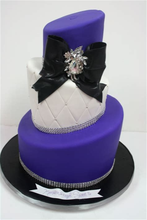 Sweet 16 Cakes NJ   Topsy Turvy Custom Cakes