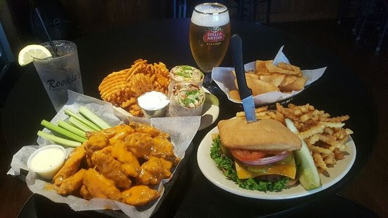 Rookies Sports Bar And Grill Appleton