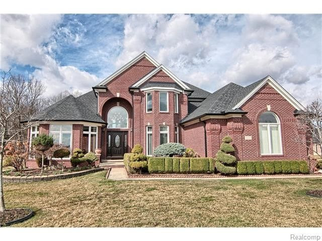 54267 Cambridge Dr, Shelby Township, MI 48315  Home For Sale and Real Estate Listing  realtor.com®