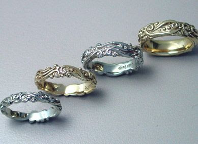 Water's Edge rings, with or without diamonds, are graceful and elegant beauty for a woman