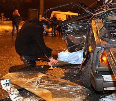 В результате столкновения машину, в которой находился Юрий Степанов, выбросило на встречную полосу, где она влетела в проезжавший на высокой скорости автомобиль ВАЗ-2112. Никто, кроме актера, в ДТП не пострадал.