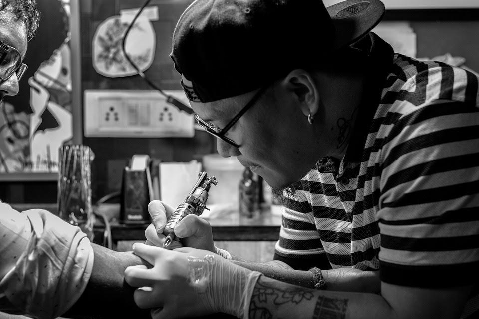 Tattoos En Barcelona La Guía De Los Mejores Estudios Y Tatuadores