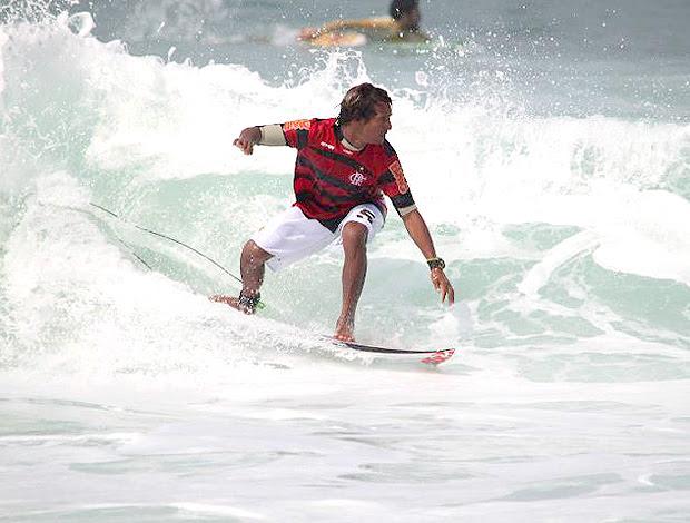 surfe marcelo bispo prancha flamengo (Foto: Facebook)