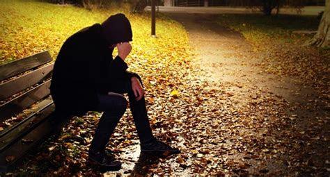 kata kata kecewa sedih  pacar sahabat mantan